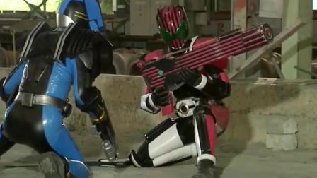 假面骑士:帝骑的新武器诞生,是被雄介拿胶水一点点粘起来的