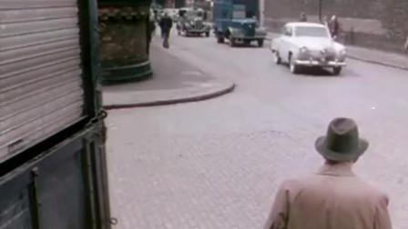 犯罪分子集体去抢运钞车,有谁注意到了他们的车,真是太土豪了