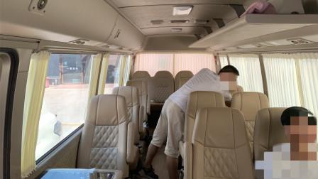 丰田考斯特、尼桑碧莲、厦门金龙中巴车大客车专用汽车窗帘,上侧单轨道及上下双轨道可制作,多布料可选