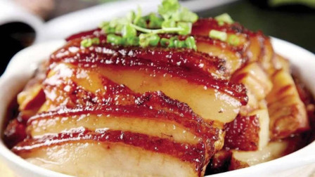 """这才是""""梅菜扣肉""""的家常做法,软糯咸香,简单易做,越吃越香"""