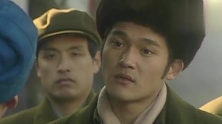血色浪漫:李奎勇带着母亲看病,没有想到被李援朝带人围堵,李奎:你真不厚道
