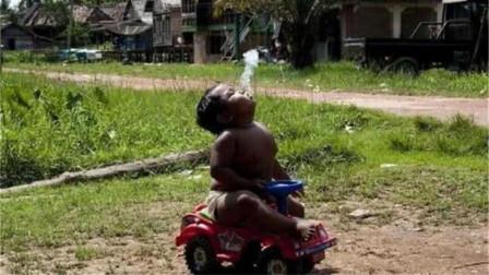 曾经一天抽40根烟的2岁男孩,如今6年过去了,他现在过得怎么样了?