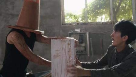 丧尸大战僵尸:国产法师大战外国丧尸,既然魔法攻击不好使,只能给它物理伤害!