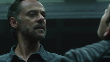 哥谭镇:布鲁斯无法下定决心伤害奥古,反被奥古控制