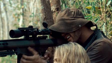 第一滴血:为了自己的游戏,雇佣军竟用活人来当枪靶子,太残忍了!
