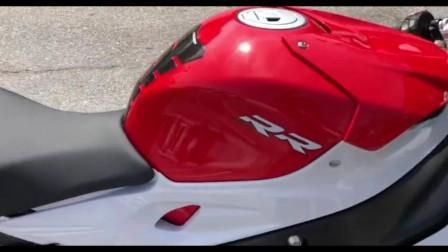 超跑摩托中的佼佼者宝马S1000RR,标志性经典大小眼是不是你的菜