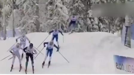 瑞典速度滑雪:戏剧性!临近终点连环相撞,落后选手意外夺冠