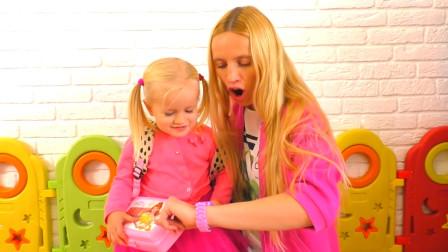 萌宝儿童益智玩具:小萝莉怎么醒来就这么着急?发生什么事了
