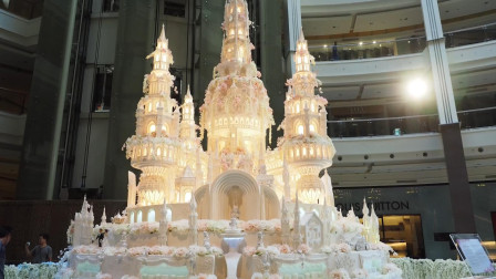 """世界上最精致的蛋糕,成品像""""城堡""""一样,多少女生的梦想啊!"""