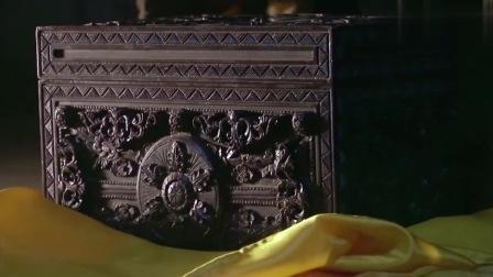 盗墓祖师打开古墓所有机关,最后一步开棺取财,却被墓主人吓到了