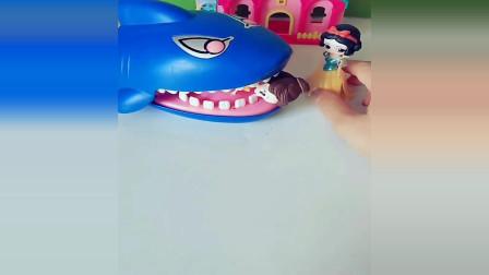 宝宝益智动画片:绿豆糕换贝尔,大鲨鱼会不会换呢