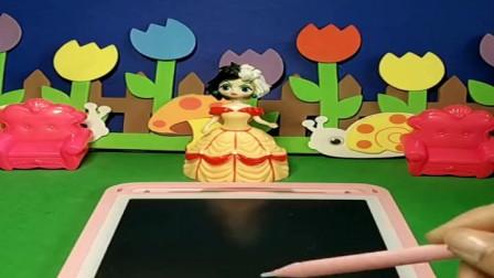 贝尔公主在画什么呢,好漂亮的棒棒糖,小朋友们喜欢棒棒糖吗?
