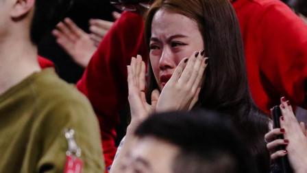 我天!世上最催泪的一首歌,至今没人听完不流泪的,原唱都哽咽了