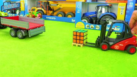 汽车玩具:调皮的叉车玩起魔方,还能迅速还原,堪称魔方叉车