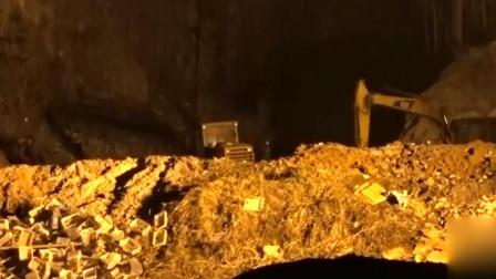 湖南浏阳烟花厂爆炸现场:民房玻璃全震碎 厂房被炸平