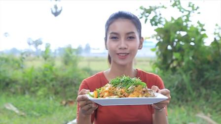 菠萝炸鲤鱼怎么做?看到成品太诱人,网友:想吃学不会怎么办