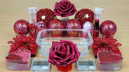 红玫瑰,爱心泥,加上各种闪粉亮珠,制成的无硼砂泥,很治愈哦