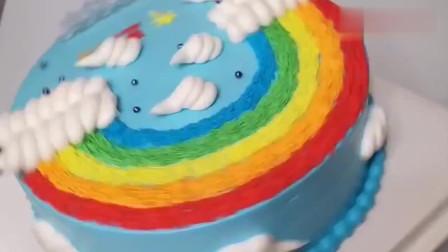 彩虹云朵蛋糕,创意超赞,都不舍得吃了!