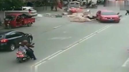 美女司机油门当刹车,惨烈车祸当场发生,监控拍下悲惨画面
