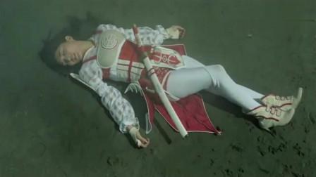 奥特曼:生命之果不是吃的,欧布把他变成枪,打进女皇身体!