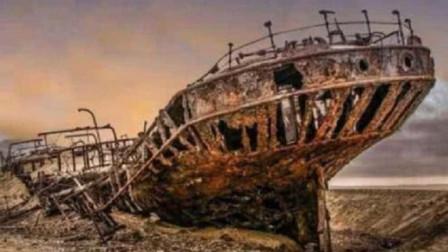 """沙漠突然浮现百年巨大轮船,没人能清楚来历,疑似""""时空转移"""""""