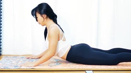 俯卧臂屈伸是瘦胳膊的好方法,小姐姐教你简易版,新手也能练