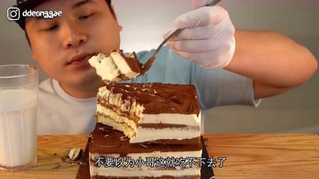 韩国胖哥甜腻吃播,一个人吃三斤提拉米苏,是你向往的生活吗?