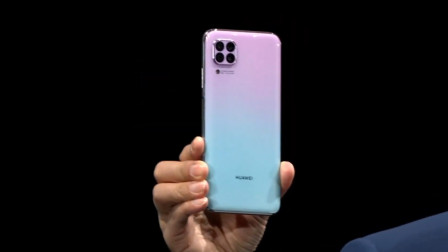 华为一天内连发4款手机,价格从1599到4199,看看有没有一款适合你的