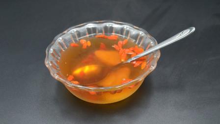 生姜和枸杞一起泡水喝,作用真厉害,解决了很多人的困扰,涨知识了