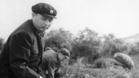 他是两位开国上将的警卫员,1961年被授开国少将,也是开国将军中唯一一位