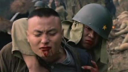 血色湘西:彪悍的战士,中了几枪倒地,看到美女受伤又起来了!