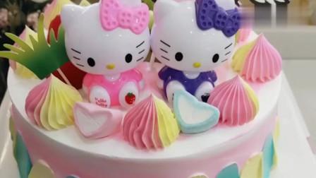 超可爱的Kitty猫蛋糕,完成后都不舍得吃了!