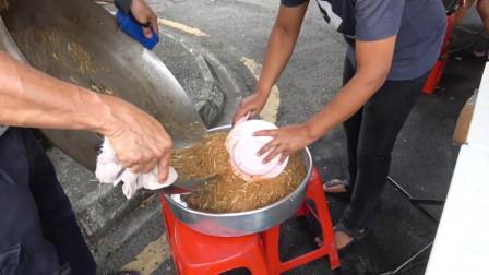 马来西亚小摊,手工炒米粉,味道还好