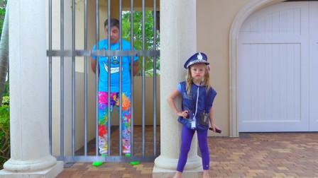 糟糕!萌娃小可爱的爸爸乱扔垃圾被警察抓起来了怎么办呢,爸爸:我知道错了!