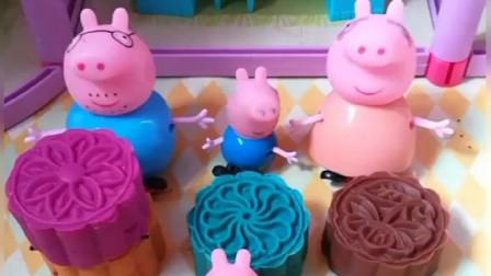 猪爸爸这么胖了还要吃肉馅的月饼,月饼馅竟然是蟑螂,这能吃啊?
