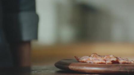 我怎么样都没想到在家用面包片,既然能做出这么好吃的披萨!