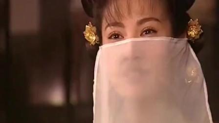 江玉燕终于练成传说中的移花接木,瞬间吸走了移花宫两位宫主的多年神功