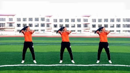 清晨在操场上跳的健身操,跳跳不冷了,原创简单健身运动