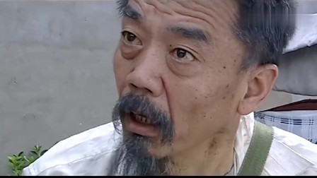 警中英雄:老头蹬着三轮接儿子出狱,见了儿子,直接给了他一巴掌