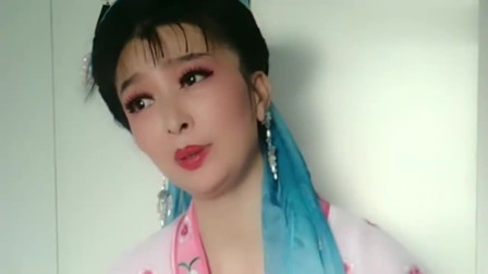 美女学唱黄梅戏《孟姜女》,细腻甜美的声音,唱得真好听!