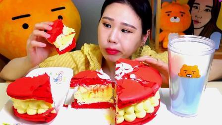 大胃王卡妹,吃一整个奶油蛋糕,太能吃了吧