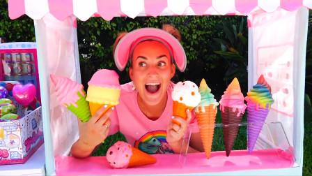 太棒啦!妈妈给萌娃小可爱们做了好多美味的冰激凌啊,小家伙们非常吃呢!