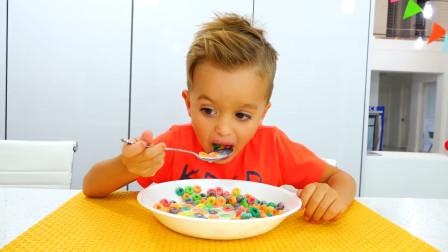 早上起来!萌娃小可爱在吃牛奶泡甜甜圈,真的太好吃啦!