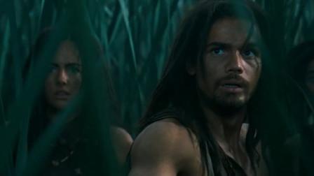 史前一万年:达力救走了美女,不料兄弟被四脚恶魔抓起来,这方式残酷啊!
