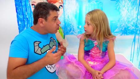 萌娃小可爱带着爸爸去看金鱼!小家伙真是惊奇呀!萌娃:糟糕爸爸中毒了!