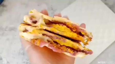 百变三明治系列——芋泥麻薯蛋黄肉松三明治