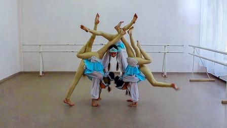 看俄罗斯5个小姑娘的柔术造型,听俄罗斯歌曲神圣战争