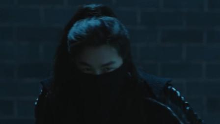 张若昀终于约到鸡腿姑娘 不料床上的却是个暴力狂兼武痴 真是......