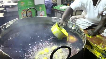 国外街头鲜艳到刺眼的小吃,中国游客嘀咕是色素,老板:你们不懂!