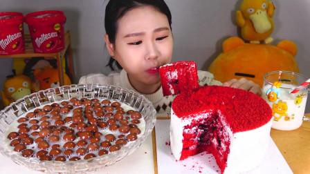 韩国大胃王卡妹,吃一个奶油蛋糕和牛奶泡巧克力豆,吃这么多不腻吗
